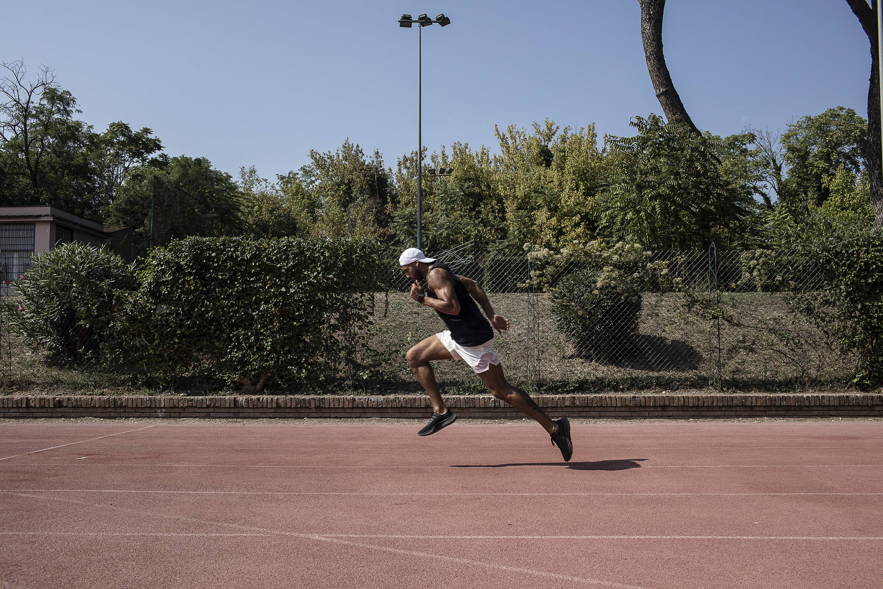 Lamont Marcell Jacobs trains at Rosi stadium in Rome. | NADIA SHIRA COHEN / THE NEW YORK TIMES